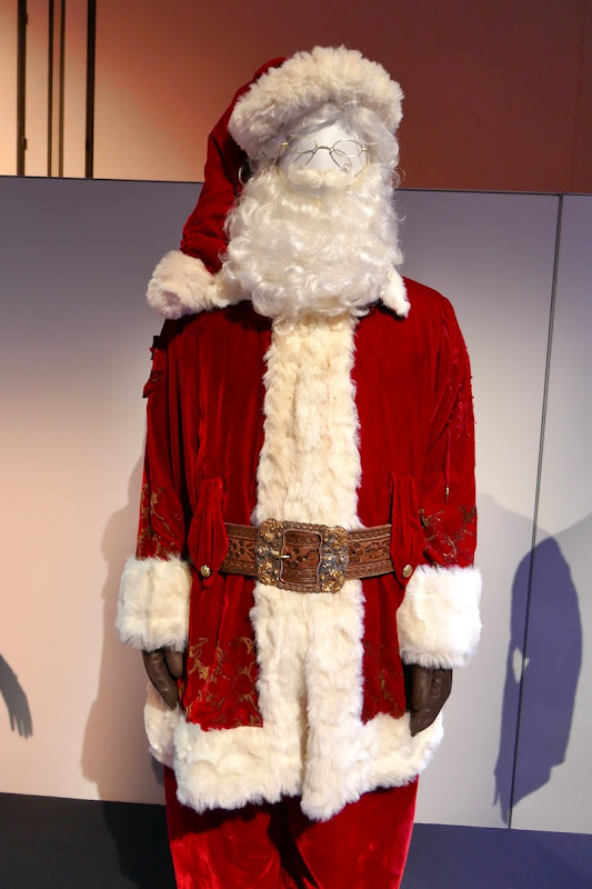 Tim Allen Santa Clause 3 costume