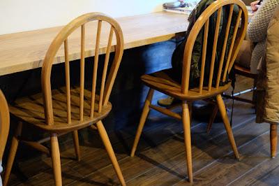長野県松本市の喫茶・カフェ Cafe chiiann (カフェ チーアン)椅子