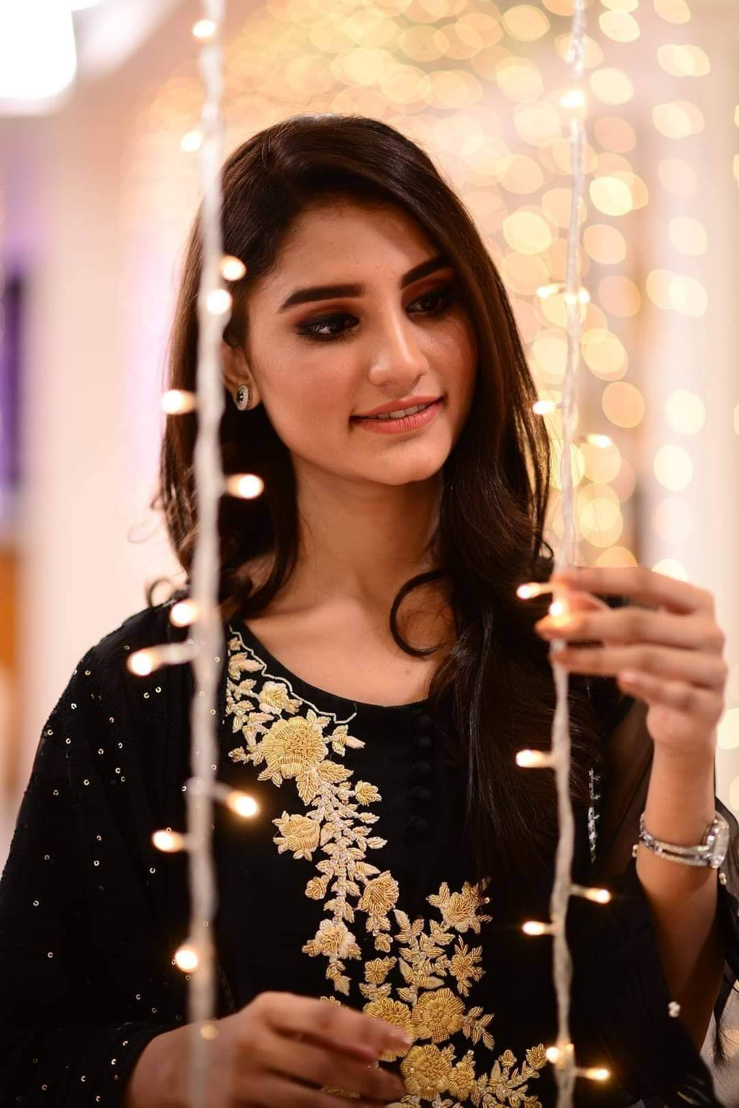 Internet Sensation Nimra Ali Clicks from Nida Yasir Show