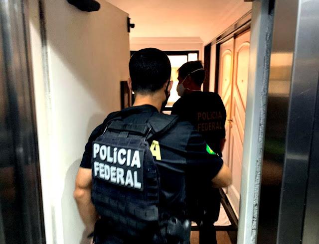 Operação da PF investiga falsificação de documentos da Abin para obtenção de porte de arma de fogo em Recife e Escada