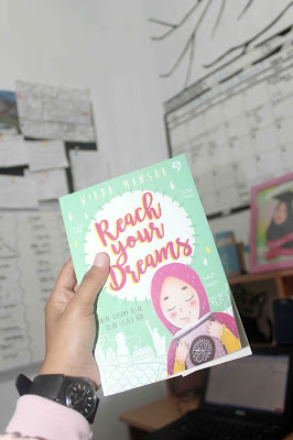 buku Reach Your Dreams, Wirda Mansur
