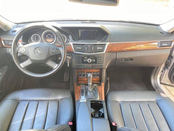 Mercedes E200 cũ giá hơn 600 triệu đồng, ngang ngửa Mitsubishi Xpander