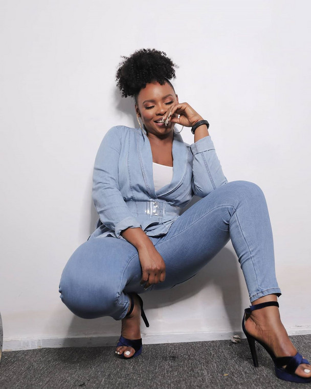 Yemi Alade Debunks Reports Of Being Invited By DSS Over Statements Against Pres Buhari's Administration #Arewapublisize