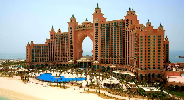 Which Travel Company is Best for the Dubai Holiday Package?