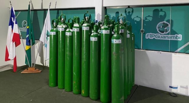 FIP entrega 40 cilindros de oxigênio para a Secretaria de Saúde de Guanambi