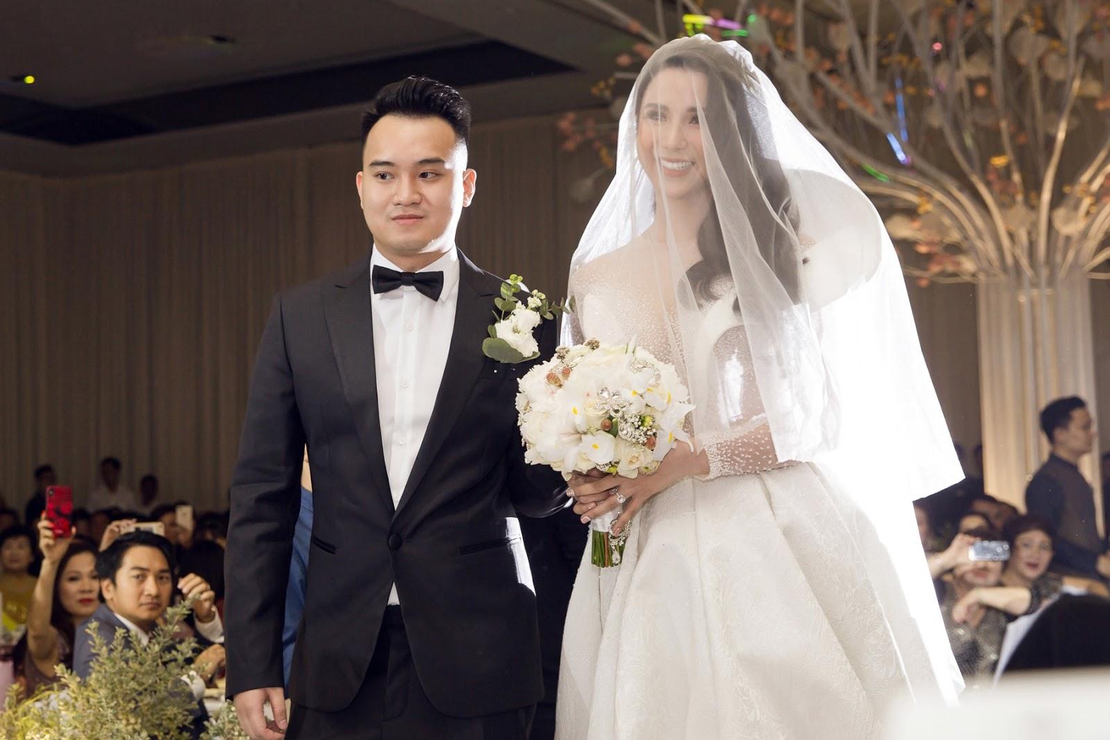 Diệp Lâm Anh: Hành trình tìm chỗ đứng trong showbiz và cái kết viên mãn với chồng thiếu gia -18