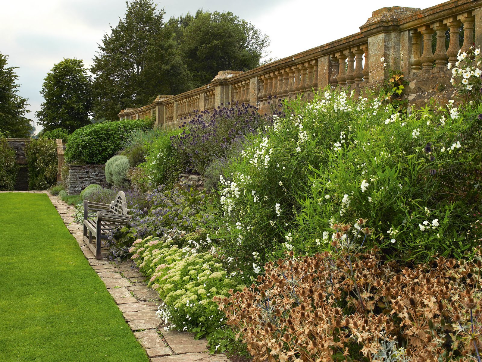 Style court learning from the masters getrude jekyll for Gertrude jekyll garden designs