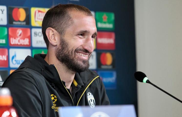 """Chiellini: """"Mi igrači smo važni, ali trener i klub su bitniji od nas"""""""