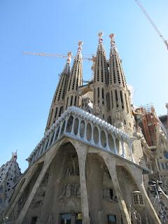 Sagrada familia en el bus turistico barcelonA
