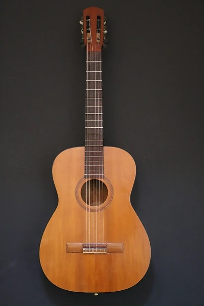 The Unique Guitar Blog: Levin and Goya Guitars