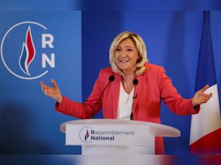 """مارين لوبان تقترح حظر """"الأزياء الإسلاموية"""" في فرنسا"""