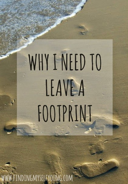Why I need to leave a footprint text on sand footprint photo