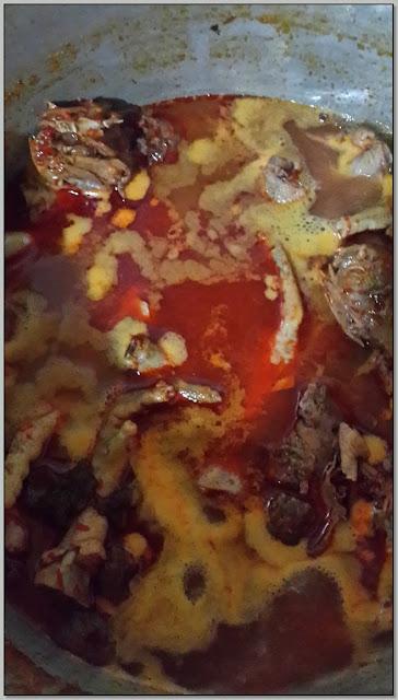 "Resep Masakan Khas Jawa Timur Sehari-Hari: ""Mencoba Menu Ceker Pedas"""