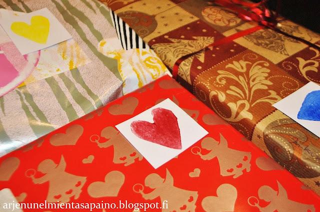 sydän, pakettikortti, diy, perunaleimasin, akryyliväri