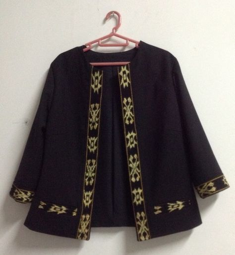 Referensi Model Batik Kerja: 35+ Model Baju Batik Atasan 2018: Simple, Casual & Modern