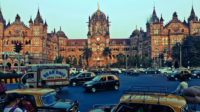 Mumbai Tour Packages From Delhi
