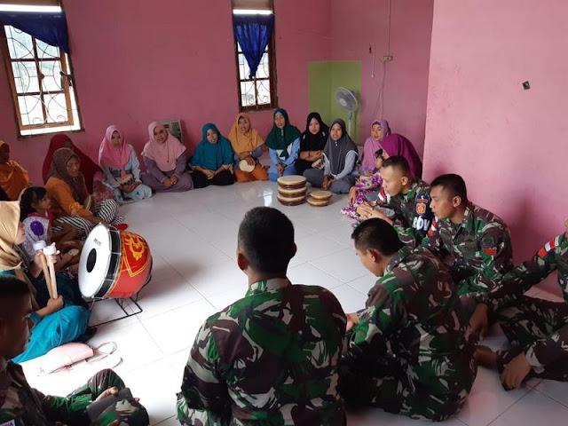 Satgas Pamtas Yonif PR 328 Kostrad Latih Marawis Ibu-Ibu Pengajian Kampung Arso 1
