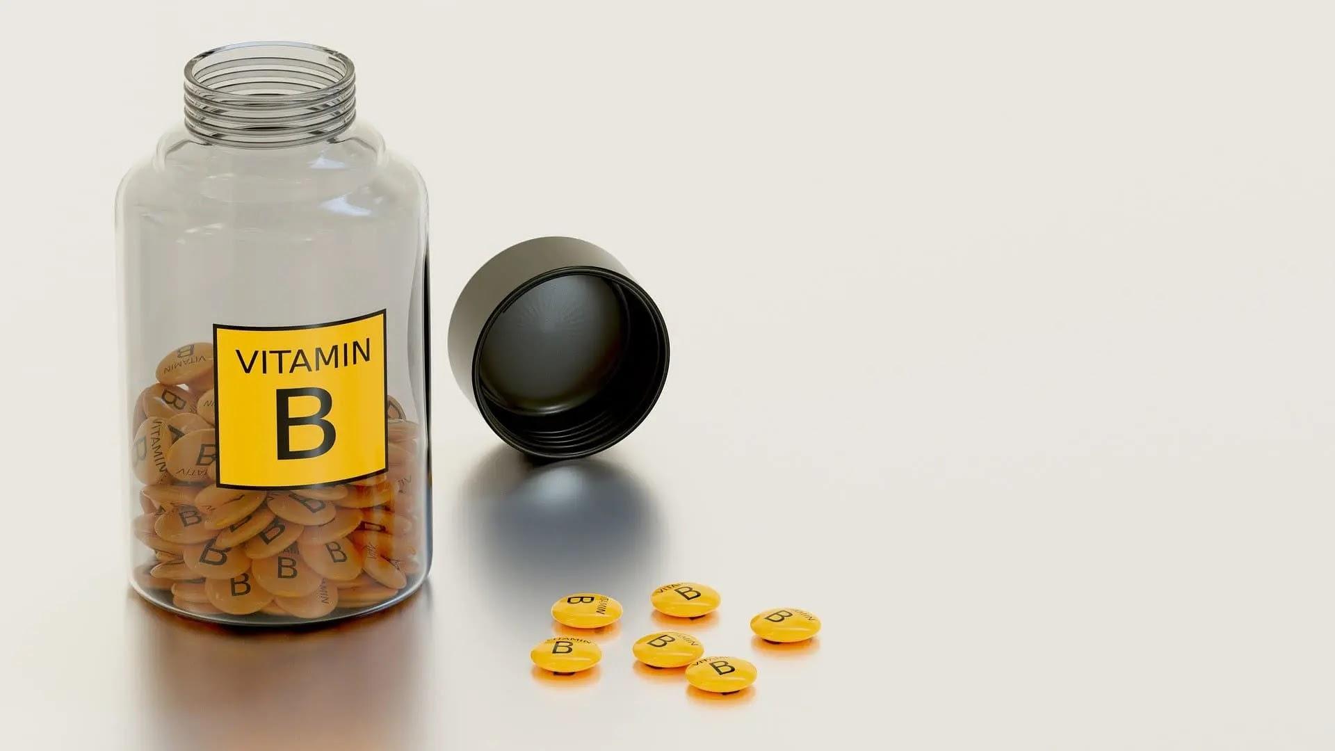 فوائد فيتامين B للشعر وطريقة استعمالة بالمنزل