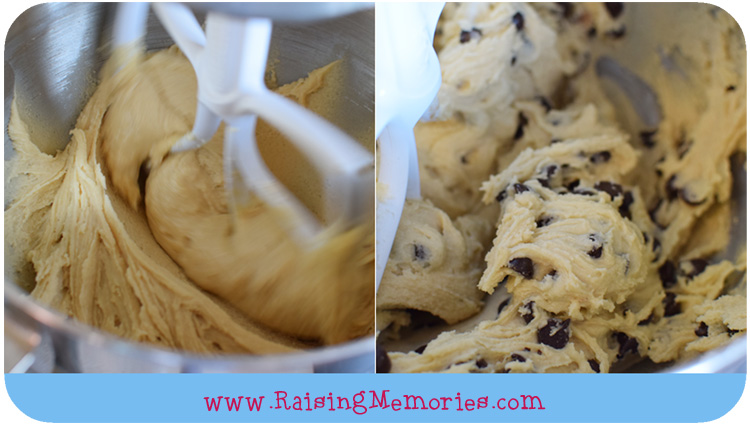 Best Chocolate Chip Cookies by www.RaisingMemories.com