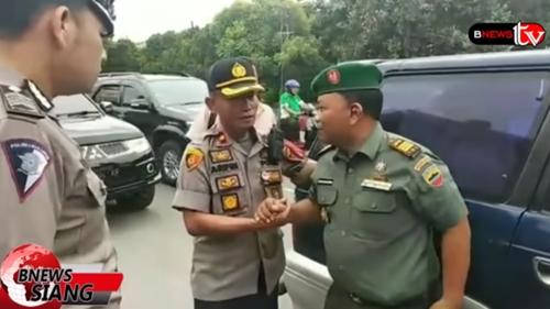 Polisi Nekat Razia Mobil Komandan TNI di Depan Markasnya, Tak Terima Lalu Lakukan Ini