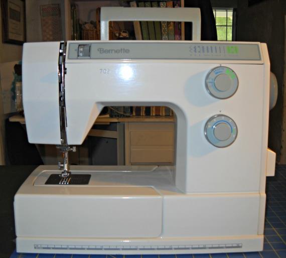 curlicue creations  bernina bernette 705 sewing machine