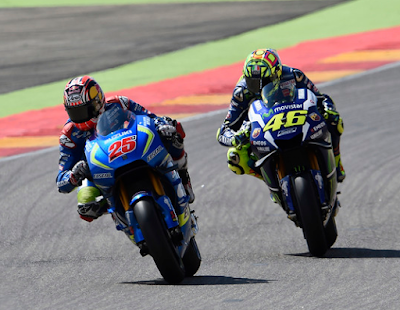 Vinales Bisa Manfaatkan Rossi di Movistar Yamaha
