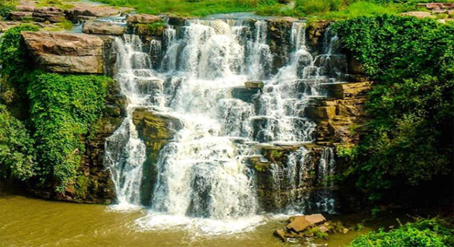The Ethipothala waterfalls