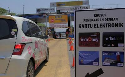 Awas! Kelamaan di Tol Uang Elektronik Bisa 'Hangus'