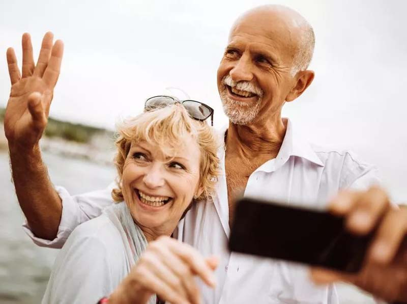 Older Generations Prove Dating Gets Better With Age