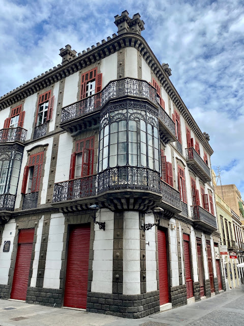 Ornate building in Vegueta, Las Palmas, Gran Canaria, Spain
