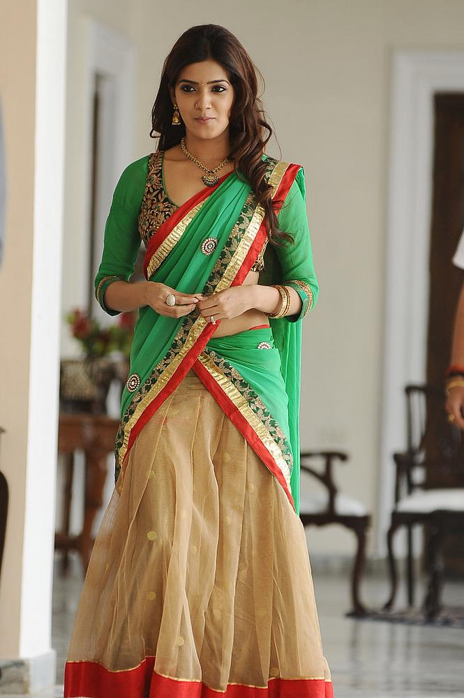 Samantha Hot Looking Stills In Green Half Saree