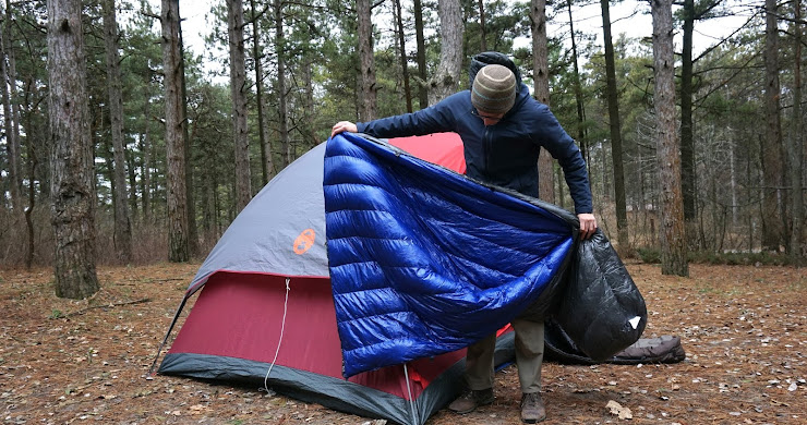 Staying warm with Outdoor Vitals' StormLoft down quilt