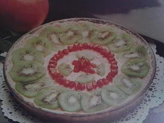 Tarta de granada y kiwi