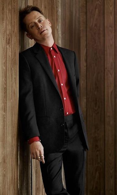 Macaulay Culkin Age, Net Worth, Height, Wife, How Old, Actress, Height, Weight, Wiki, Family, Girlfriend, Bio