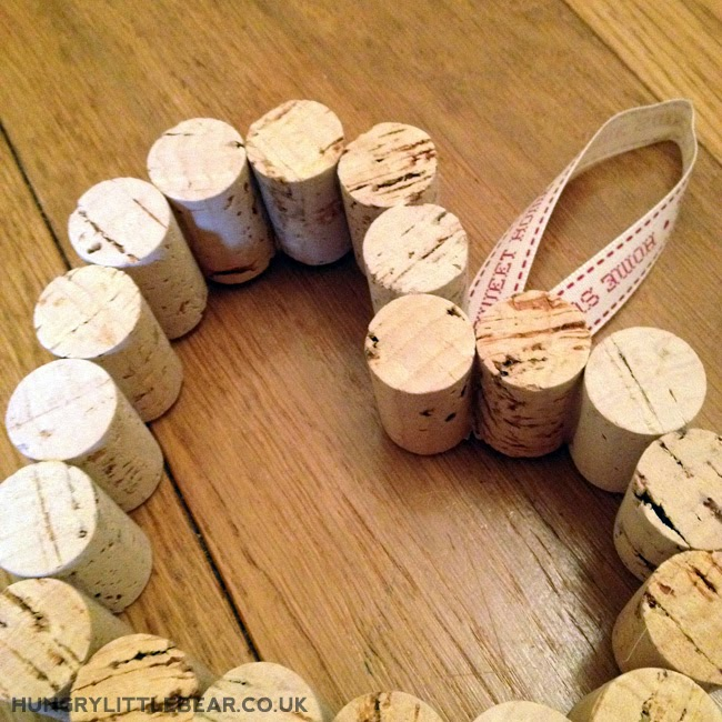 DIY homemade wine cork bulletin boards www.hungrylittlebear.co.uk