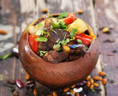 Горшочки с овощами и говядиной