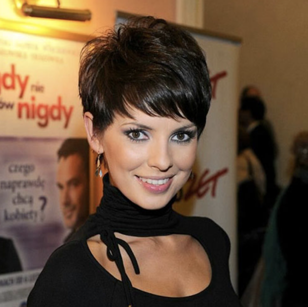 pixie haircuts women