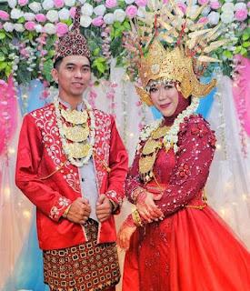 Pakaian adat Lampung Maju Pesisir Kalianda