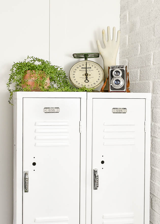 Styled mudroom lockers
