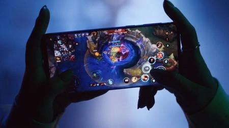 Riot temía enfurecer a los jugadores con anuncios móviles y de juegos de cartas.
