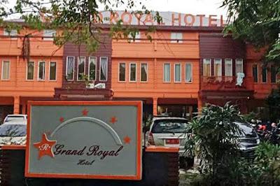grand royal hotel siak