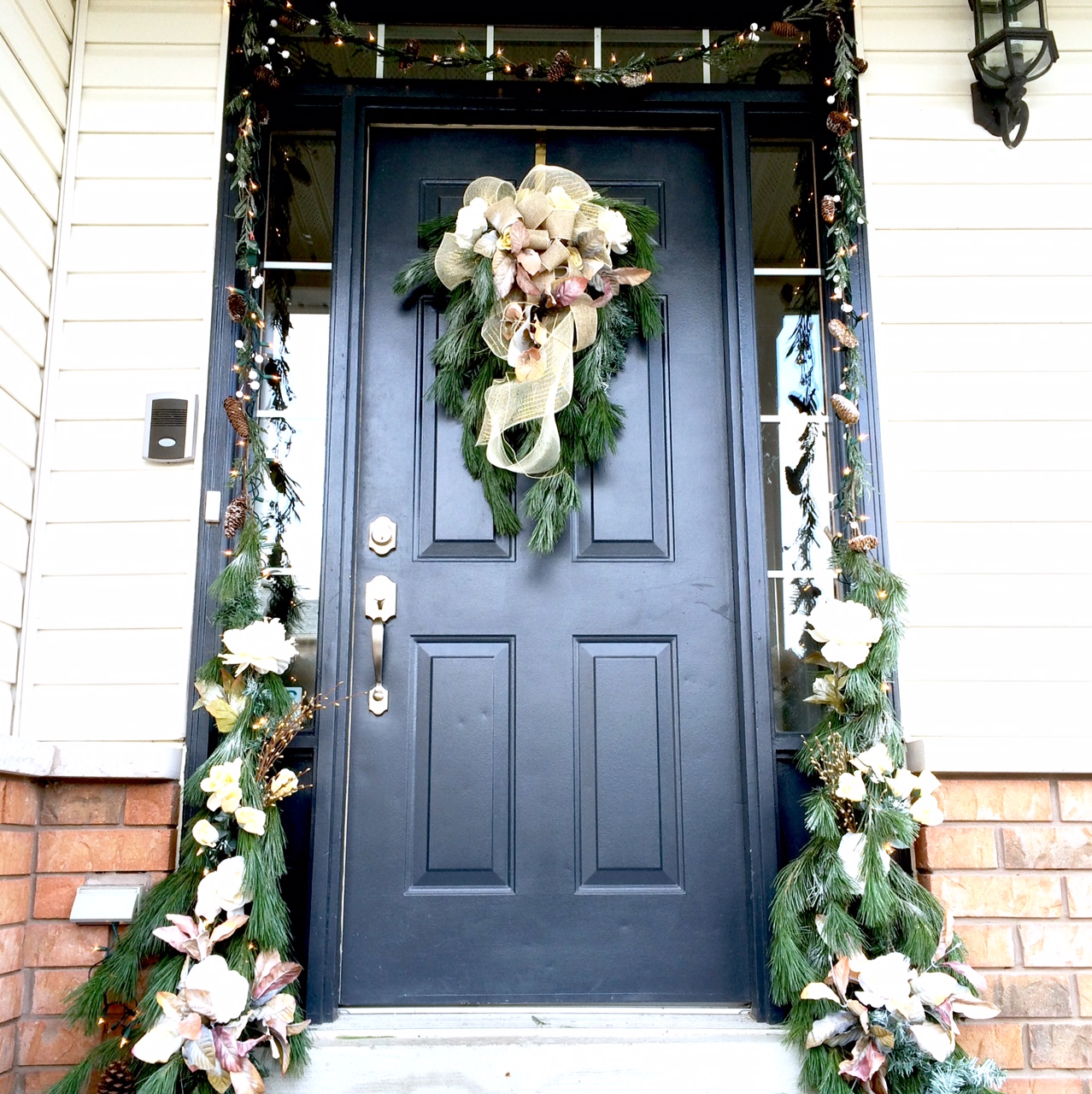 DIY Front Door Christmas Decor | Harlow & Thistle - Home ...
