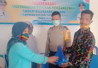 Gabungan Tiga Organisasi di Kota Bima Salurkan Paket Sembako Ramadhan