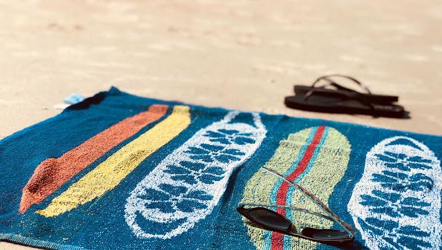 Czy warto pakować gruby ręcznik na wakacje