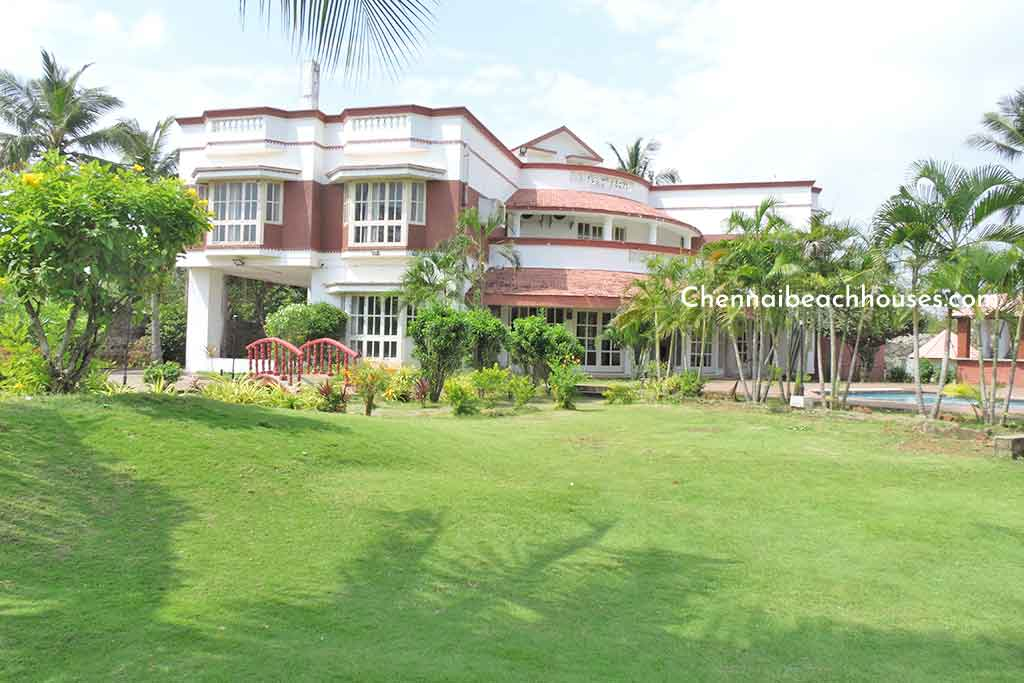 beach house for farewell party in ecr