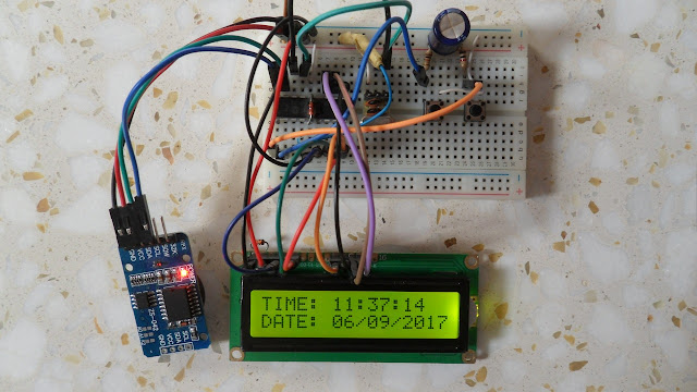 A hardware circuit for DS3231 RTC and PIC16F84A