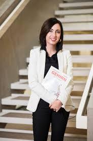 Manuela Macedonia kimdir