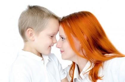 كيف تفسد الأم شخصية الإبن وحياتة الزوجية