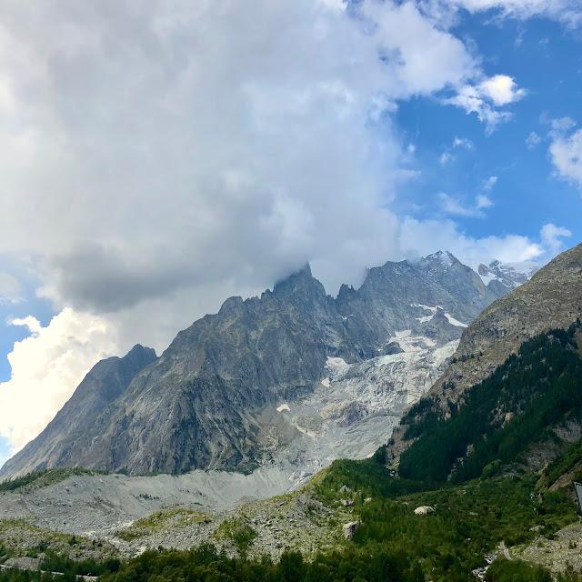 Courmayeur. Sortie du tunnel du Mont-Blanc. Eté 2020.