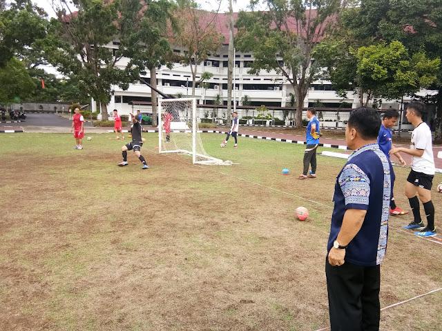 14 Pemain Futsal Pornas Korpri Sulut Digembleng